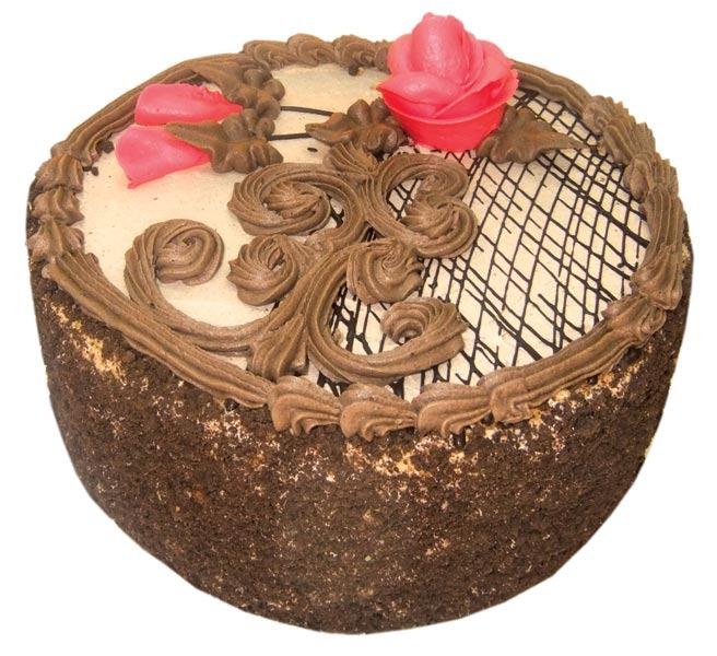 Украсить круглый торт
