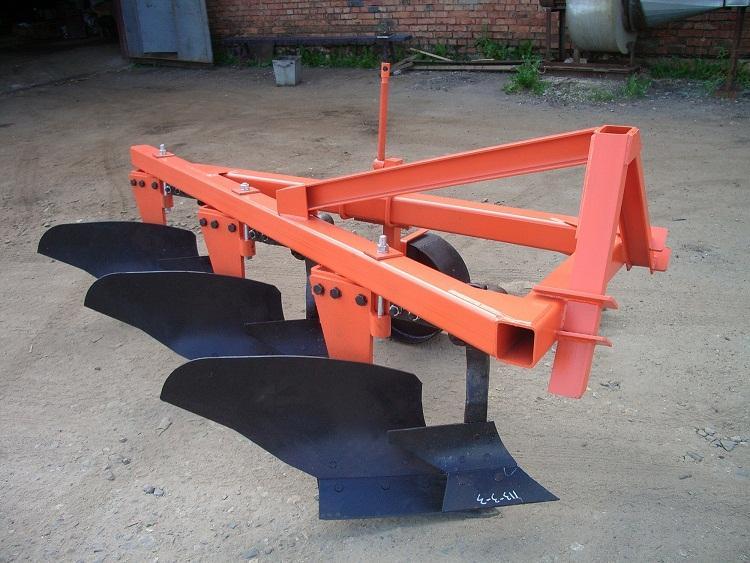 Помогите отрегулировать плуг плн 3-35 на трактор мтз-80.