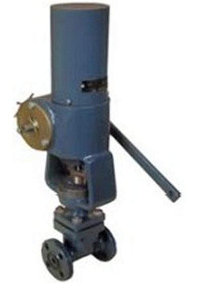 Клапан регулирующий двухседельный с ребристой крышкой, набивка сальника АПС